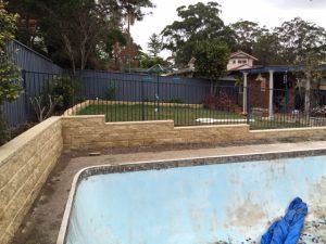 pool side retaining wall